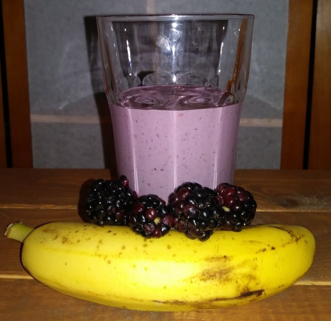Banana Berry Nut-n-Honey Smoothie