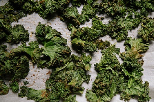 Baked Spicy Kale Chips