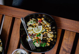 Have a Salad for Dinner with Chickpeas