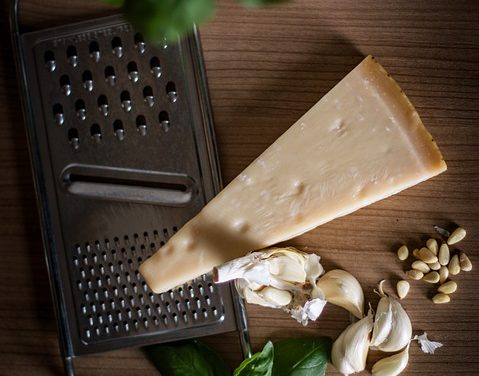 LOW-FAT Baked Chicken Parmesan Casserole