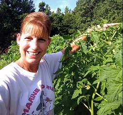 Hello. I'm Devara! Meet my garden! Such a great feeling!