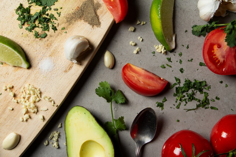 Guacamole vs Sour Cream